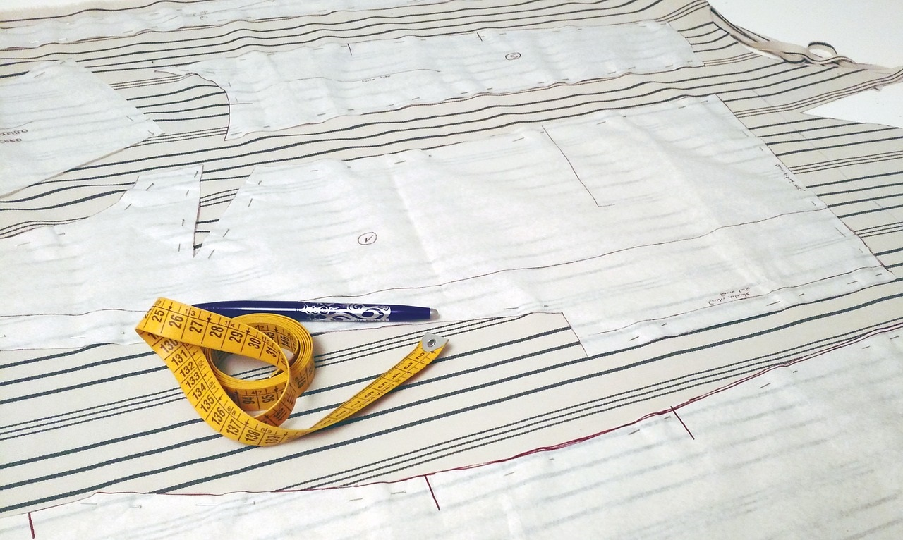 8 Tips for Sewing Curved Seams